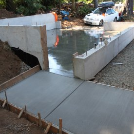 concrete sidewalk to garage